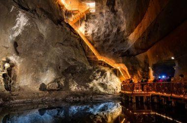 Salt Mines Cracow - zagraniczne zwiedzanie Kopalnia Soli w sąsiedztwie Krakowa